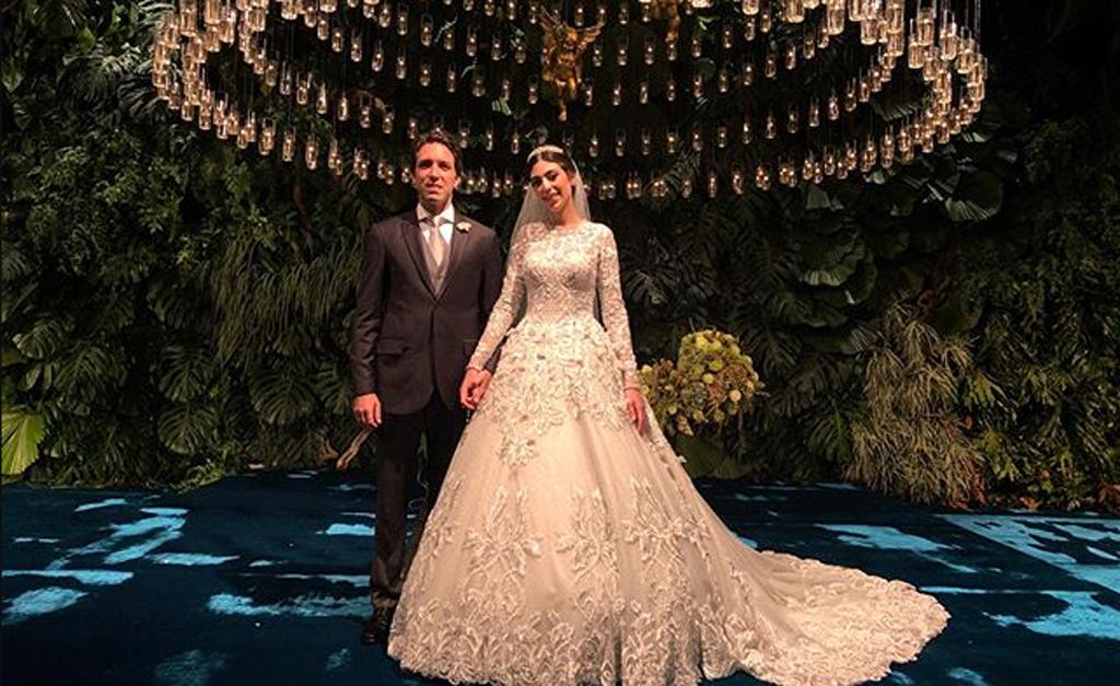 Os recŽm-casados Kathleen Guerekmezian e Thiago Mesquita